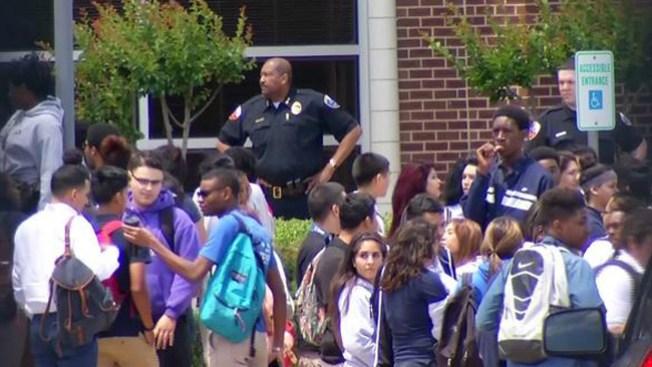 Más de 160 estudiantes son suspendidos