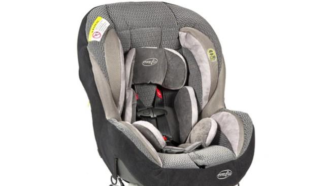 Evenflo retira asientos para niños