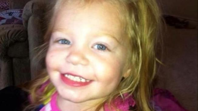 Investigan homicidio de niña de 2 años