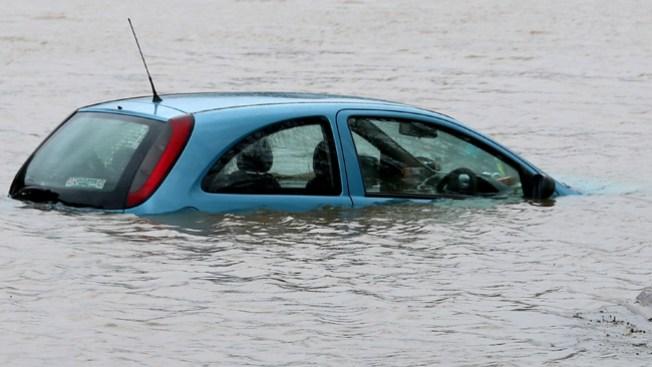 Caos vial por inundaciones en Texas