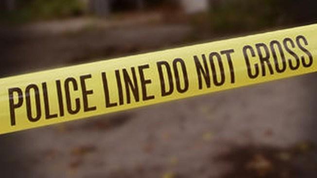 Dos muertos, cinco heridos en tiroteo