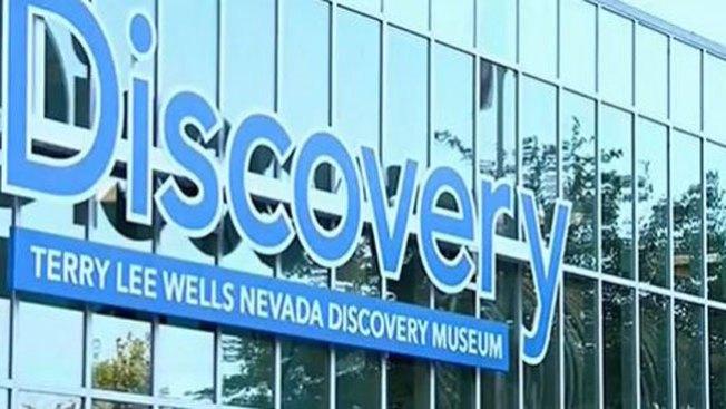 Explosión en museo deja 13 heridos