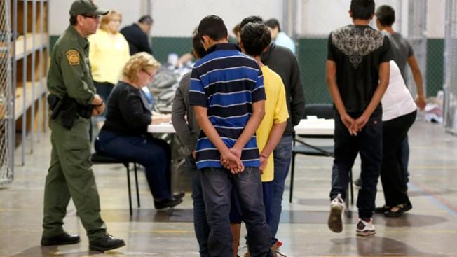 Inmigración y la labor de los departamentos de policía