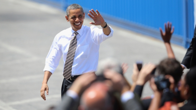 Obama visitará la biblioteca de Bush
