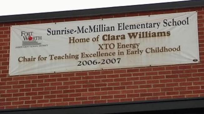 Por 9 años escuela escribió mal su nombre