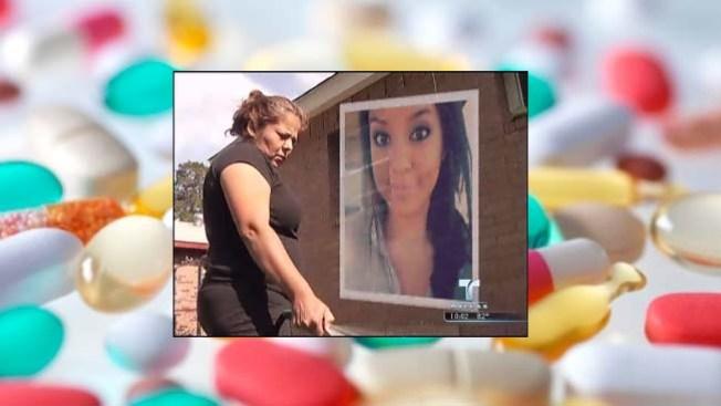 Habla madre de joven que se suicidó