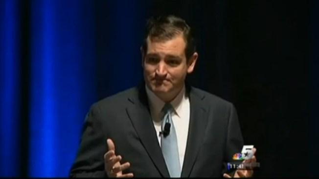 Ted Cruz recorre Texas pese a amenazas