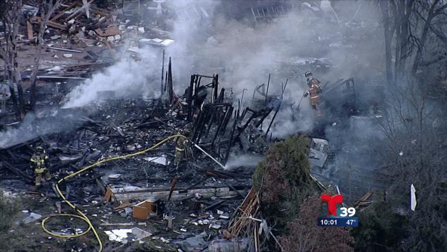 Explosión destruye hogar en Azle