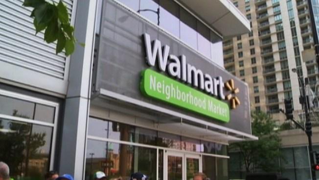 Policía: roba y deja a hijos en Walmart