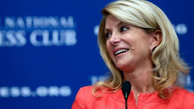 Wendy Davis anuncia planes políticos
