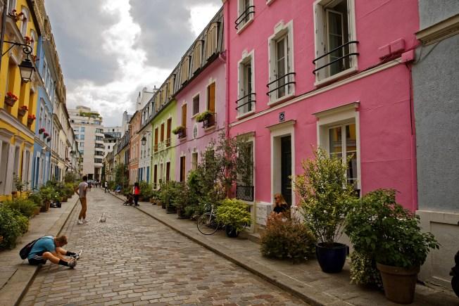 Calle parisina amenaza con cerrar ¿por culpa de Instagram?