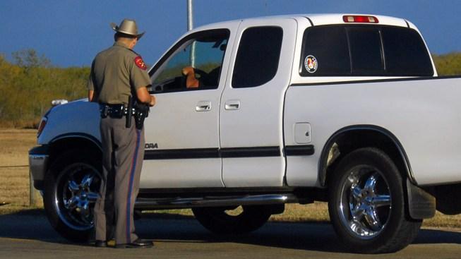 Quejas por la presencia de la policía estatal en Dallas