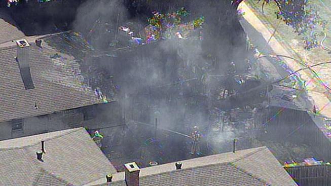 Voraz incendio en una vivienda