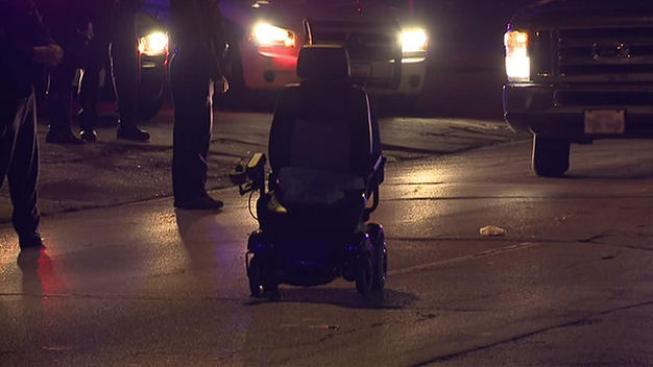 Atropellan a anciana en silla de ruedas