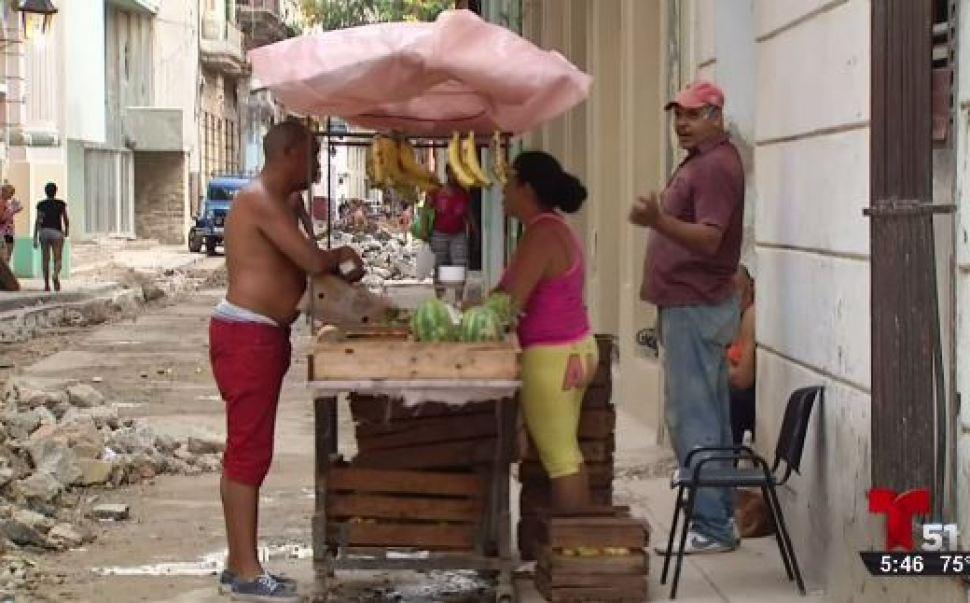 Cuba suspende licencias a privados